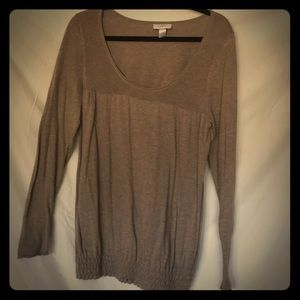 Cute loose fitting light sweater
